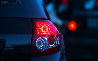 Hati-hati Menggunakan Lampu Mobil yang Salah